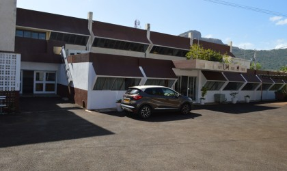 for rent - Warehouse - pailles